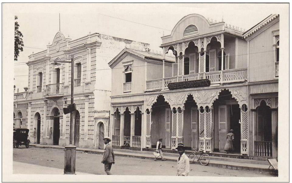Cafe la Gioconda y al lado Teatro La Progresista La Vega, Republica Dominicana. 1929