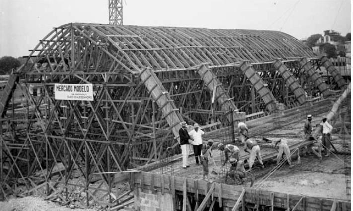 Construcción del Mercado Modelo .Avenida Mella, Ciudad Trujillo , R.D Inaugurado el 4 de Enero del 1941. Fuente AGN / Conrado
