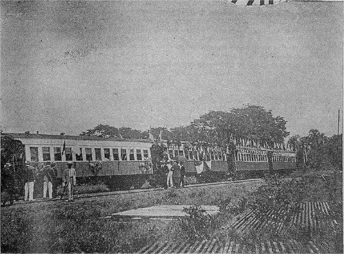 """Ferrocarril de de La Vega a Salccedo, Llamado popularmente """" La Locomotora"""" La Vega, Republica Dominicana. 1909 AGN"""