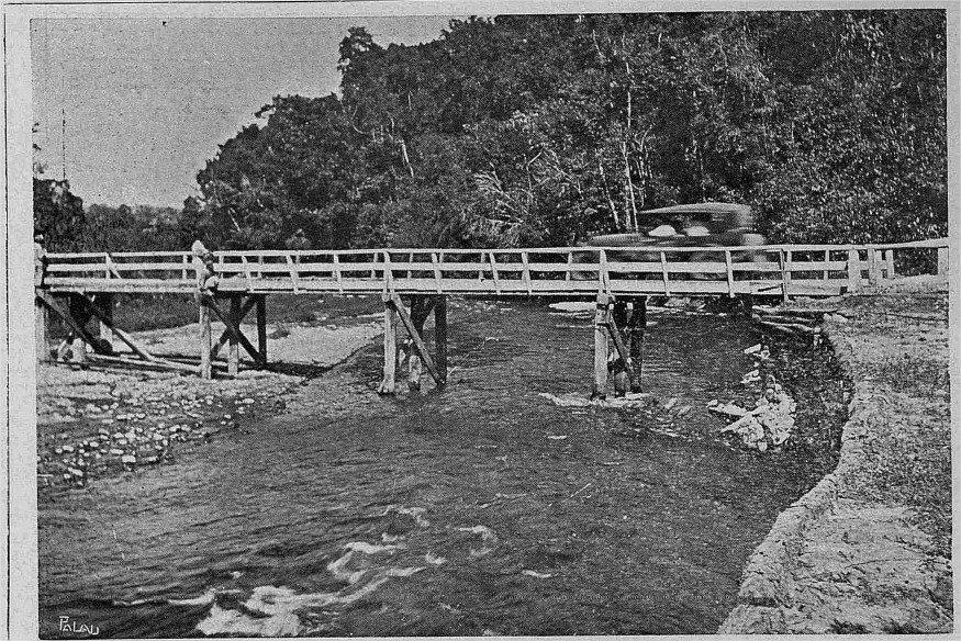 Puente sobre el Rio Jima,La vega, R.D 1925 AGN / B y N