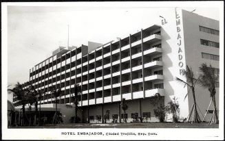 Hotel Embajador, Santo Domingo.