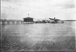 HIDROPUERTO DE SAN PEDRO DE MACORIS. Republica Dominicana. Imagen del 1942 Fuente : AGN / Luis Mañón