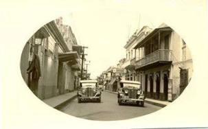 Calle Arzobispo Meriño esquina Calle El Conde. Santo Domingo, Republica Dominicana. Decada del 30 Imagen Cortesia de la Sra. Margarita Cataldi